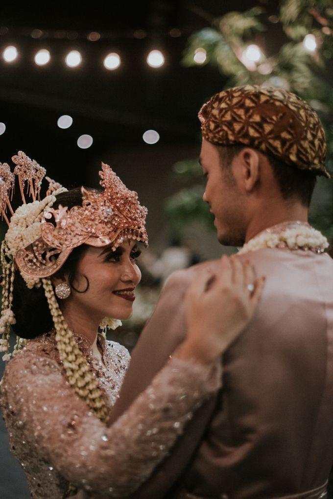 WEDDING SHEILLA & HAFIZ by Hallf at Patiunus - 048