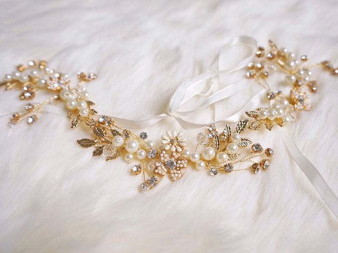 Catalog - Wedding & Pre-wedding Hairpiece by NOMA Jewelry & Accessories - 011