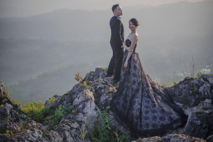 Prewedding At Stone Garden Bandung By Elina Wang Bridal Bridestory Com