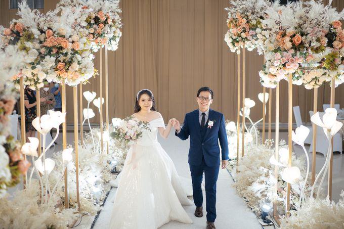 Hans & Yurike Wedding at Bandung Convention Centre by PRIDE Organizer - 009