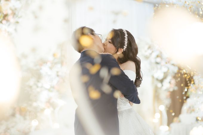 Hans & Yurike Wedding at Bandung Convention Centre by PRIDE Organizer - 014