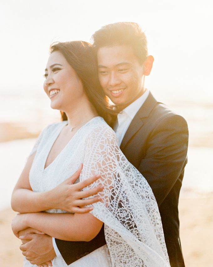 Hans & Stephanie Engagement by Arta Photo - 025