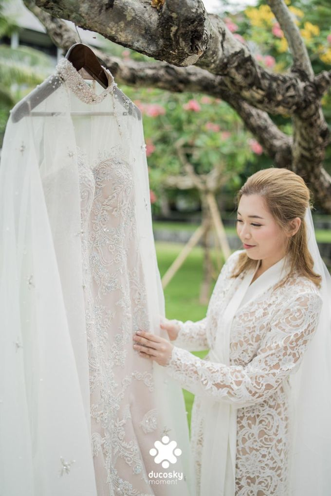 Harfy Chindy Wedding | Bride's Morning Preparation by Florencia Augustine - 031