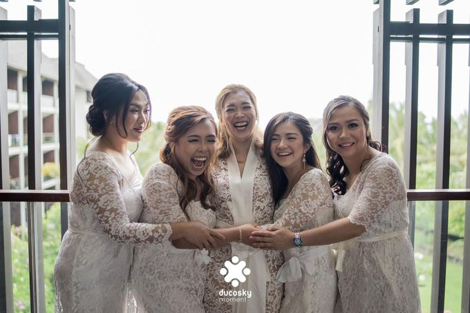 Harfy Chindy Wedding | Chindy and the Bridesmaid by Florencia Augustine - 004