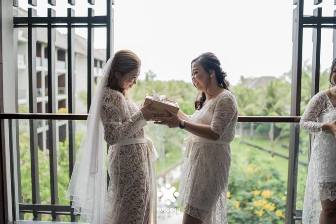 Harfy Chindy Wedding | Chindy and the Bridesmaid by Florencia Augustine - 010