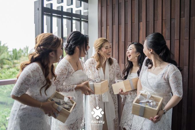 Harfy Chindy Wedding | Chindy and the Bridesmaid by Florencia Augustine - 011