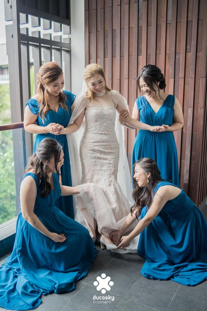 Harfy Chindy Wedding | Chindy and the Bridesmaid by Florencia Augustine - 026