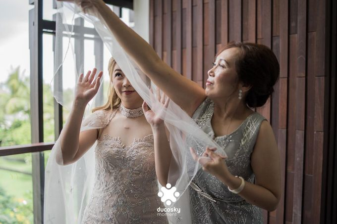 Harfy Chindy Wedding | Chindy and the Bridesmaid by Florencia Augustine - 030