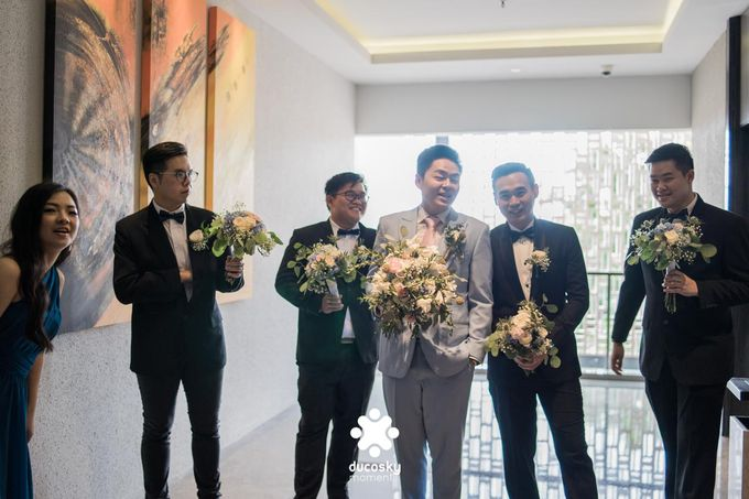 Harfy Chindy Wedding   The First Look by Florencia Augustine - 005