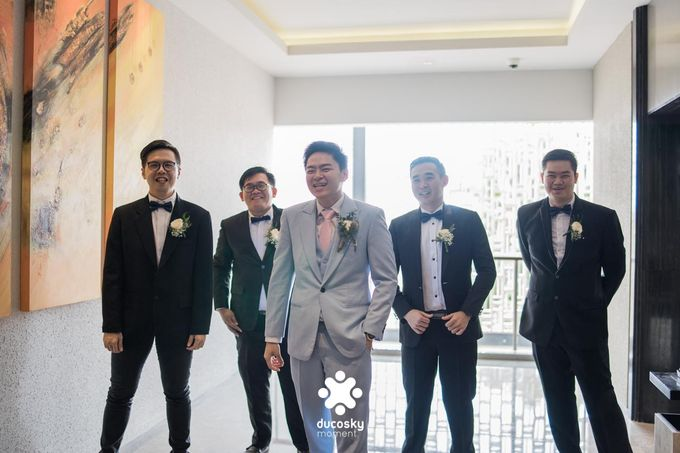 Harfy Chindy Wedding | The First Look by Florencia Augustine - 011