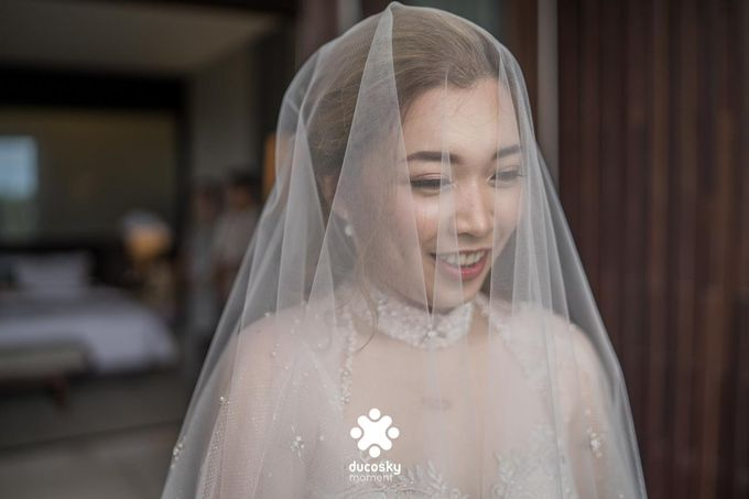 Harfy Chindy Wedding | The First Look by Florencia Augustine - 017