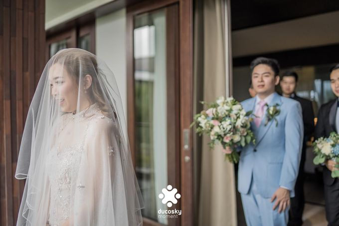 Harfy Chindy Wedding | The First Look by Florencia Augustine - 020