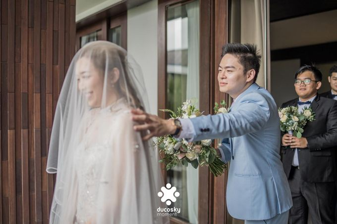 Harfy Chindy Wedding | The First Look by Florencia Augustine - 021