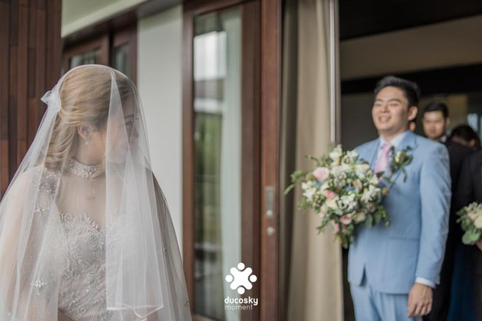 Harfy Chindy Wedding | The First Look by Florencia Augustine - 023