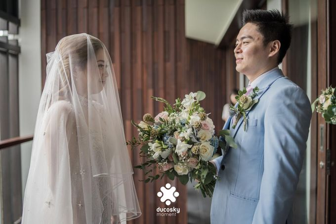 Harfy Chindy Wedding   The First Look by Florencia Augustine - 026