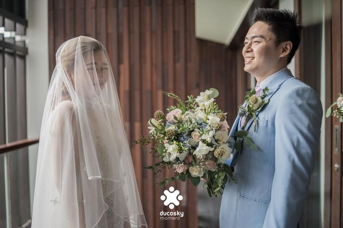 Harfy Chindy Wedding   The First Look by Florencia Augustine - 027