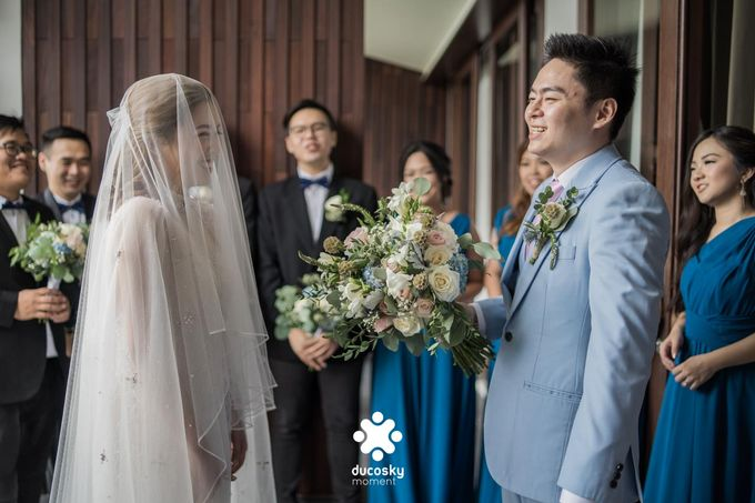 Harfy Chindy Wedding | The First Look by Florencia Augustine - 029