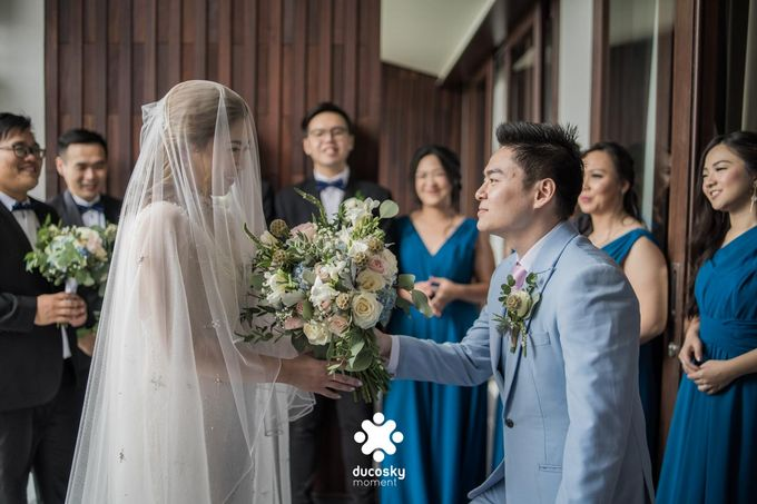 Harfy Chindy Wedding | The First Look by Florencia Augustine - 030