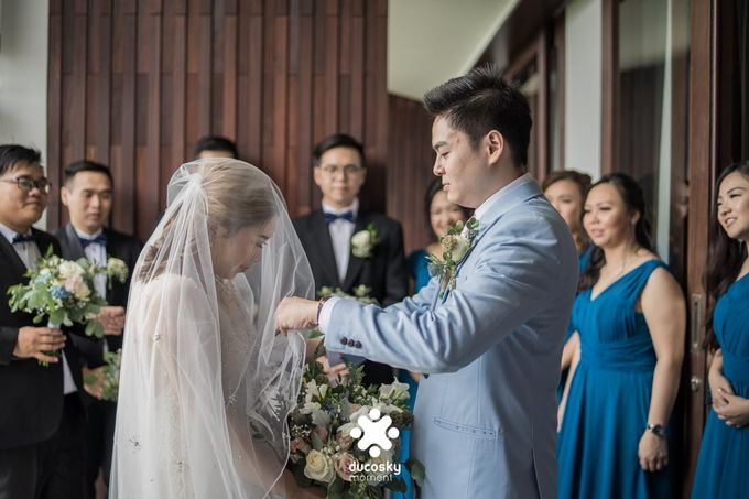 Harfy Chindy Wedding   The First Look by Florencia Augustine - 031