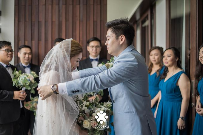 Harfy Chindy Wedding | The First Look by Florencia Augustine - 033