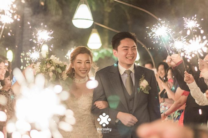 Harfy Chindy Wedding | Stardust on The Beach by Florencia Augustine - 002
