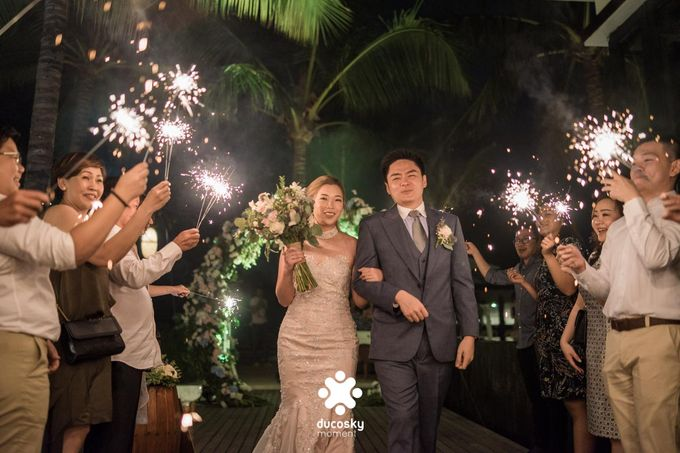 Harfy Chindy Wedding | Stardust on The Beach by Florencia Augustine - 001