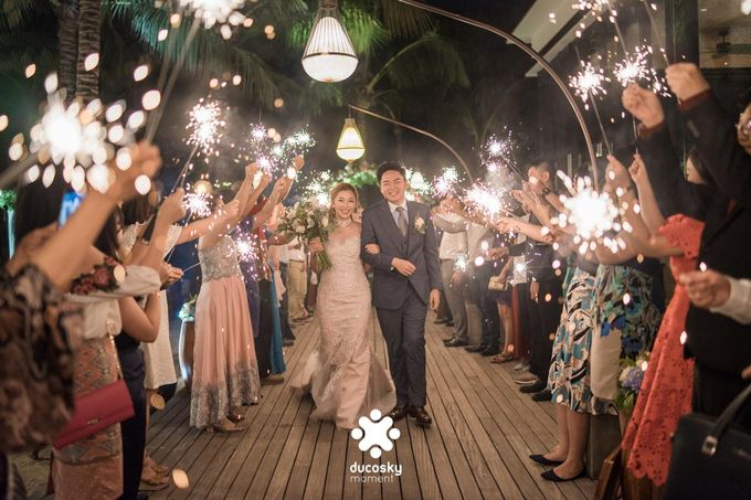 Harfy Chindy Wedding | Stardust on The Beach by Florencia Augustine - 003