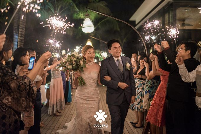 Harfy Chindy Wedding | Stardust on The Beach by Florencia Augustine - 005