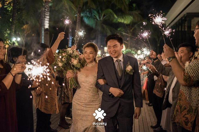 Harfy Chindy Wedding | Stardust on The Beach by Florencia Augustine - 006