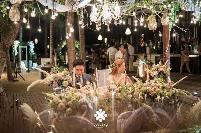 Harfy Chindy Wedding | Stardust on The Beach by Florencia Augustine - 025