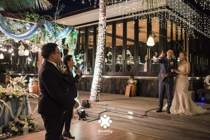 Harfy Chindy Wedding | Stardust on The Beach by Florencia Augustine - 030