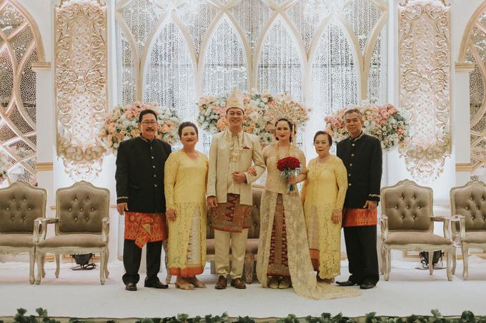 Dinda ❤️ Inno Wedding by Hatiku Florist - 002