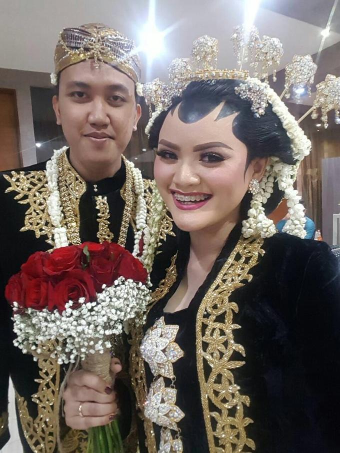Debora's Wedding Bouquet❤️ by Hatiku Florist - 002