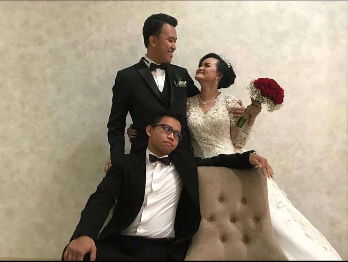 Debora's Wedding Bouquet❤️ by Hatiku Florist - 003