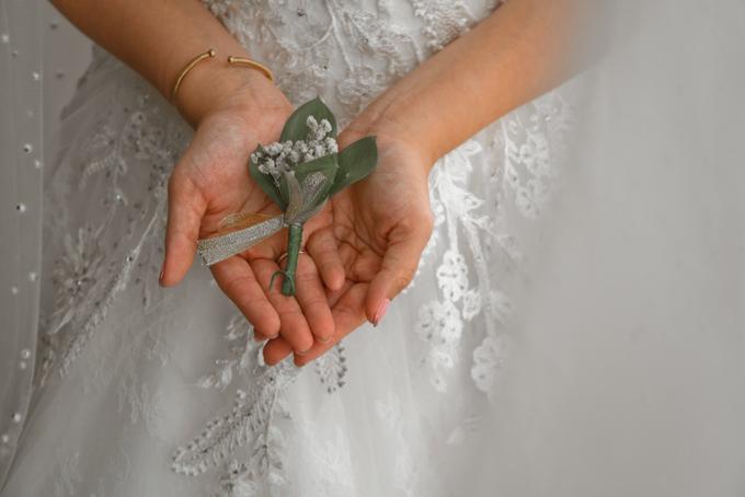 Gracia's  Wedding Bouquet by Hatiku Florist - 003