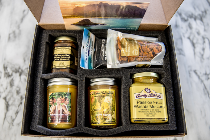 Hawaii Gourmet Gift Box by Hawaii Gourmet Gift Box - 007