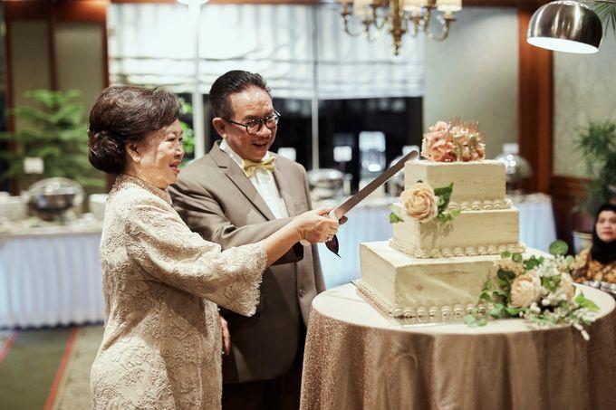 Golden Wedding Anniversary of Pak Dharma & Bu Helena by MAC Wedding - 002
