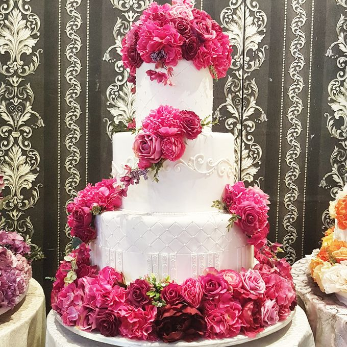 3 Tiers by Amor Cake - 009