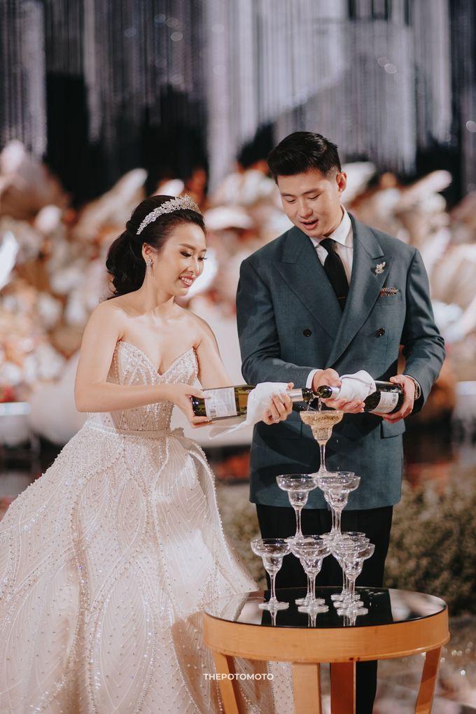 Ritz Carlton Kuningan - Tommy & Catherine by Maestro Wedding Organizer - 016