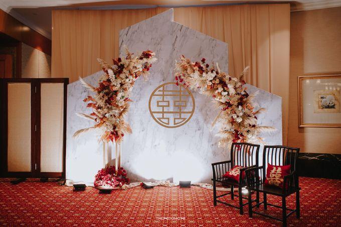 Ritz Carlton Kuningan - Tommy & Catherine by Maestro Wedding Organizer - 002
