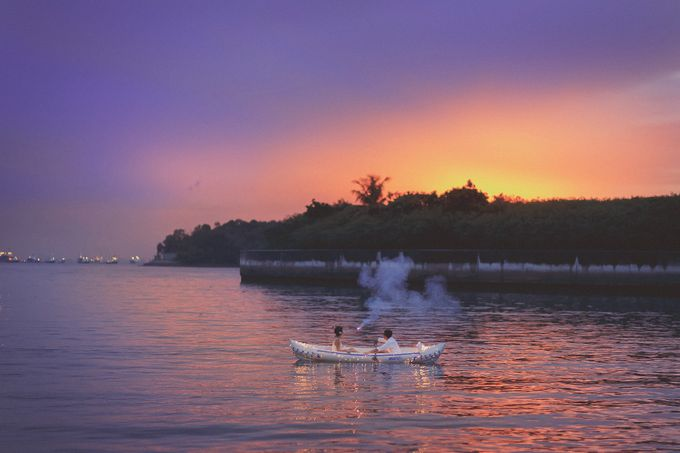 Romantic Sunset by Eagle Wings Yacht Charters Pte Ltd - 002