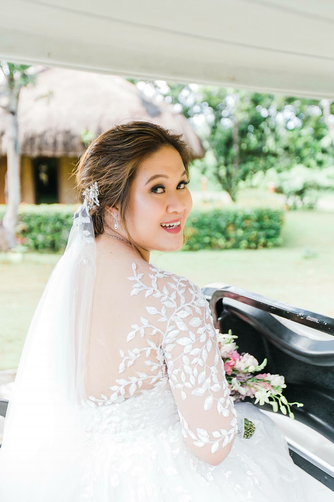 Blushing Bride  by Headmasters Philippines - 007