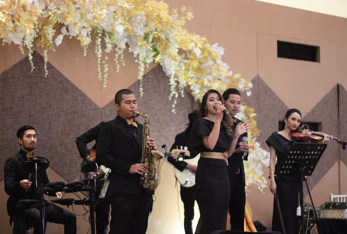 Full Band with saxo & violin by HEAVEN ENTERTAINMENT - 003