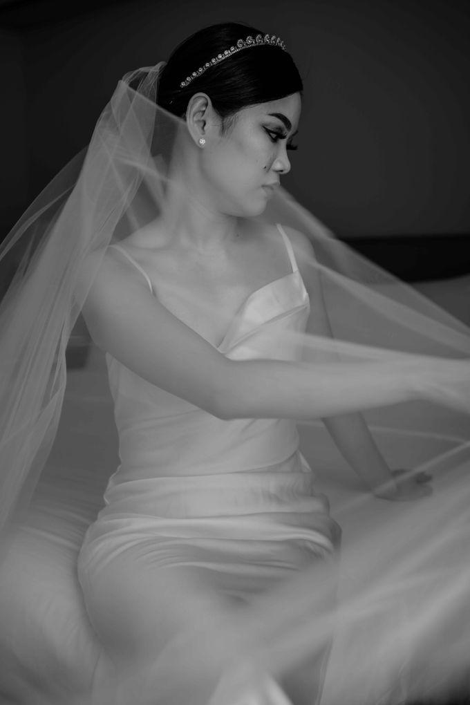 Hendra & Diana Wedding at Le Meridien Hotel Jakarta by AKSA Creative - 020