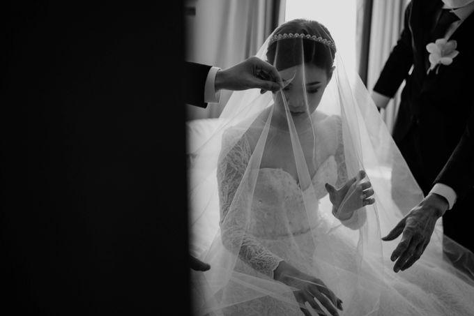 Hendra & Diana Wedding at Le Meridien Hotel Jakarta by AKSA Creative - 024