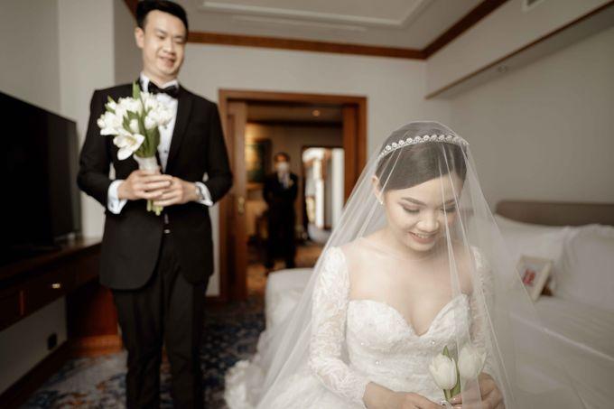 Hendra & Diana Wedding at Le Meridien Hotel Jakarta by AKSA Creative - 025