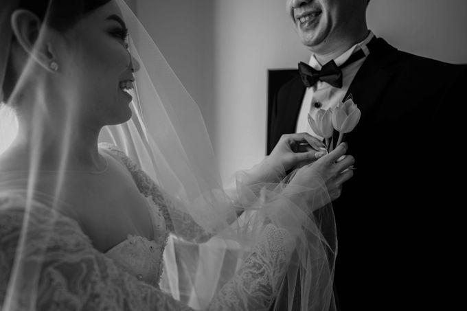 Hendra & Diana Wedding at Le Meridien Hotel Jakarta by AKSA Creative - 027