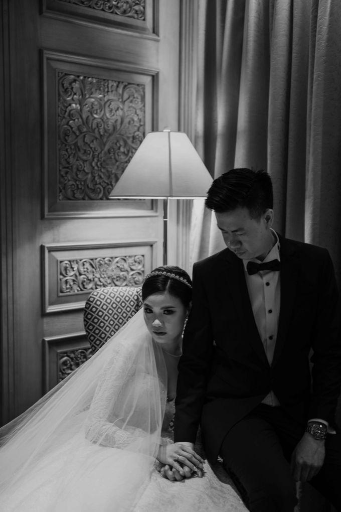 Hendra & Diana Wedding at Le Meridien Hotel Jakarta by AKSA Creative - 042