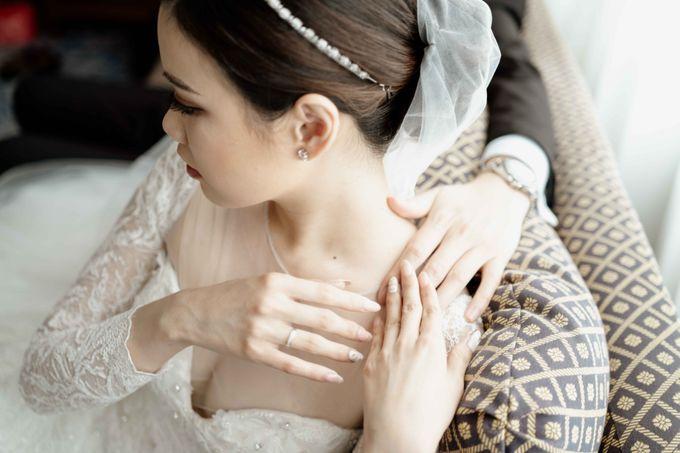 Hendra & Diana Wedding at Le Meridien Hotel Jakarta by AKSA Creative - 047