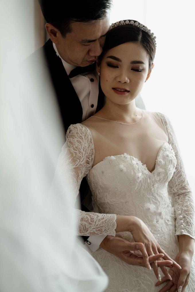 Hendra & Diana Wedding at Le Meridien Hotel Jakarta by AKSA Creative - 048
